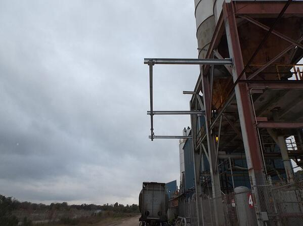 rigid beam fall arrest system railcar