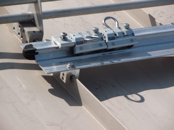 rigid-rail-fall-protection-standing-seam-roof